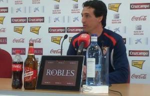 Unai Emery en rueda de prensa con el Sevilla